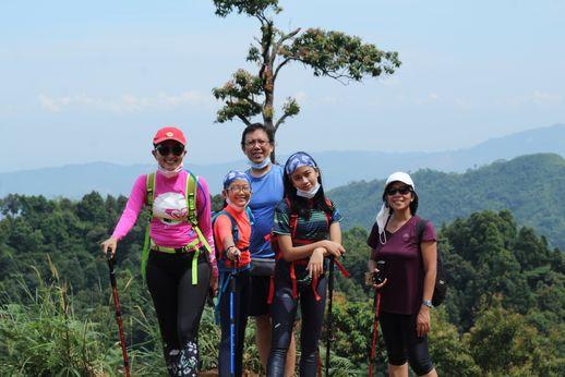 Trekking ke Alam Sentul Bogor 1 Jam dari Petogogan, Jakarta